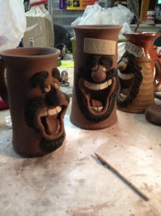 face beer mugs